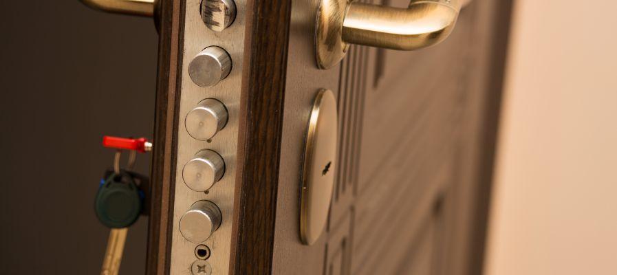 Comment faire le blindage d'une porte existante