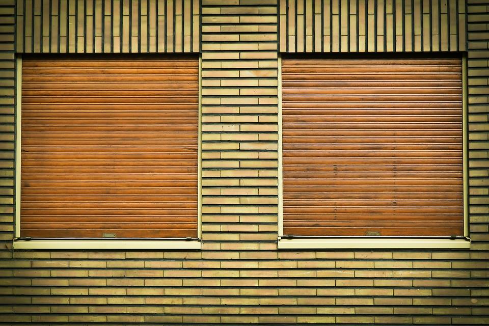 Comment choisir un volet de fenêtre pour protéger votre maison ?